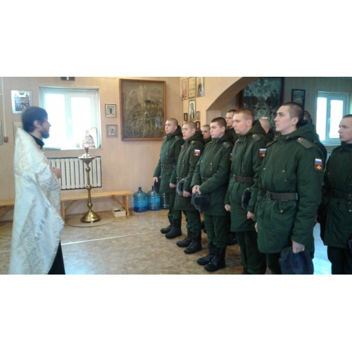 19 января 2020. Военнослужащие приняли участие в праздничных богослужениях.