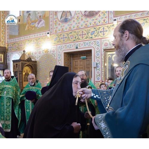 19 июля 2021. Епископ Варнава возвел в сан игуменьи монахиню Александру (Ситникову).