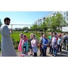 20 мая 2018. Смолино. Дети пришли в храм.